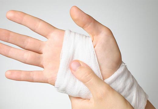 повязка на руке