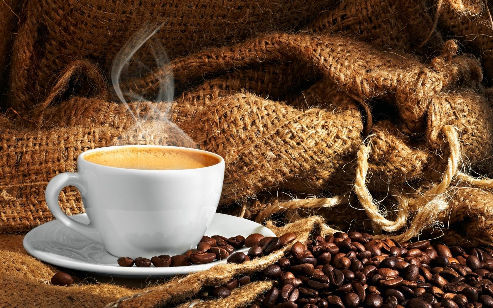 Крепкий кофе при давлении
