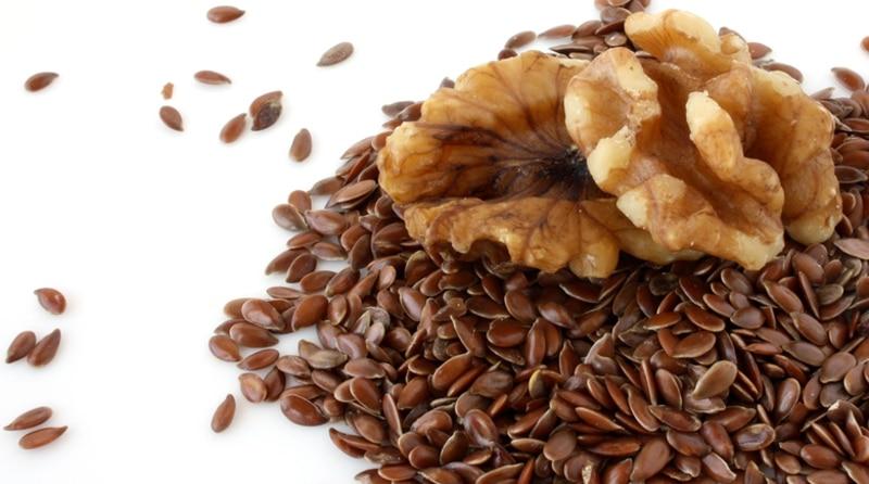 Грецкий орех и семена льна
