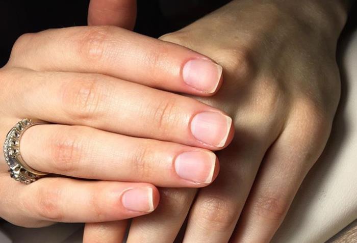 Подготовительный этап наращивания ногтей