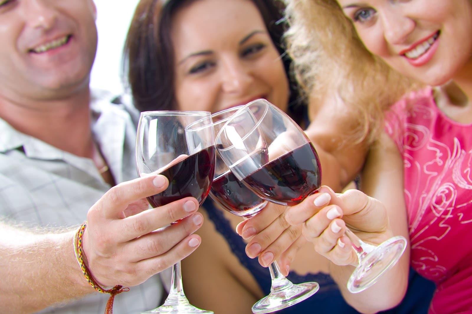 Вино при АД