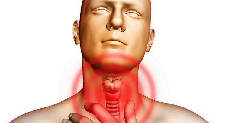 Сухой кашель и щекотание в горле: причины появления и способы лечения
