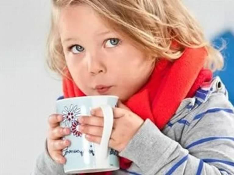 Кашель сухой у ребенка, без температуры, чем лечить